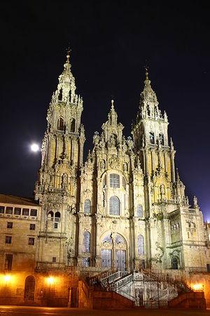 400px-Santiago.de.Compostela.Catedral.Noche.jpg
