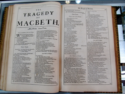4 folio.JPG