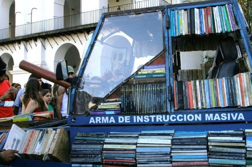 Top-6-Pop-Up-Libraries-Tank-Library-537x357.jpg