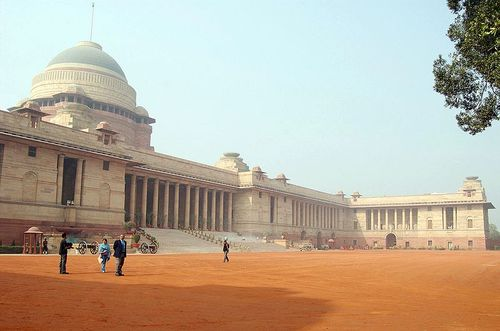 800px-Indian_President_House.jpg