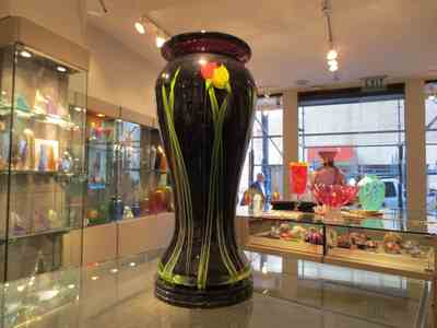 Vases using paperweight technique by Mayauel Ward.jpg
