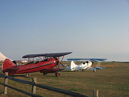 256px-Biplanes_at_Katama_Airpark.jpg