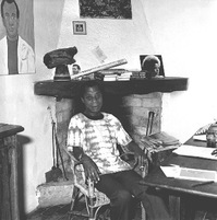 James_Baldwin_in_his_house_in_Saint-Paul_de_Vence.JPG