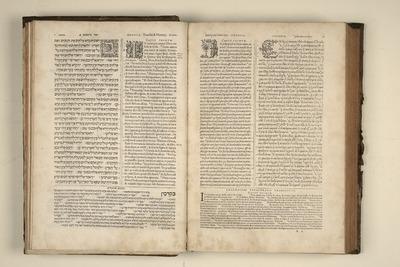 Biblia-regia_-vol.-I_-p.-2-3-B-65.jpg