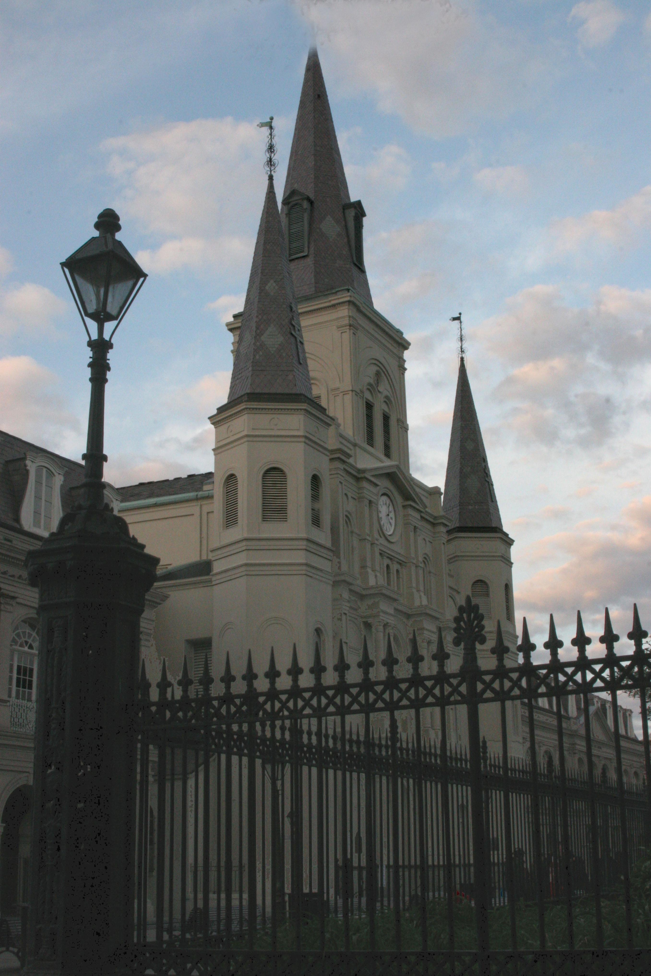 http://www.finebooksmagazine.com/fine_books_blog/images/cathedral%20side%20fence%20adj.jpg